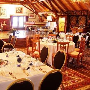 Exklusives Hochzeitscatering im Schlosssaal