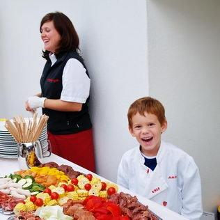Kindergeburtstag mit Cateringbuffet