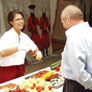 Catering-Grill-Buffet für Aufrichte